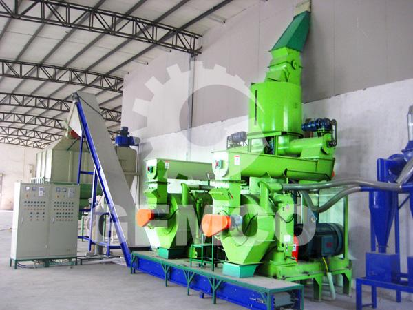 Biomass pellet mill line makes wastes into pellets
