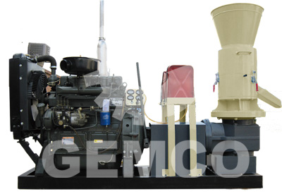 rotating roller flat die pellet mill with diesel engine